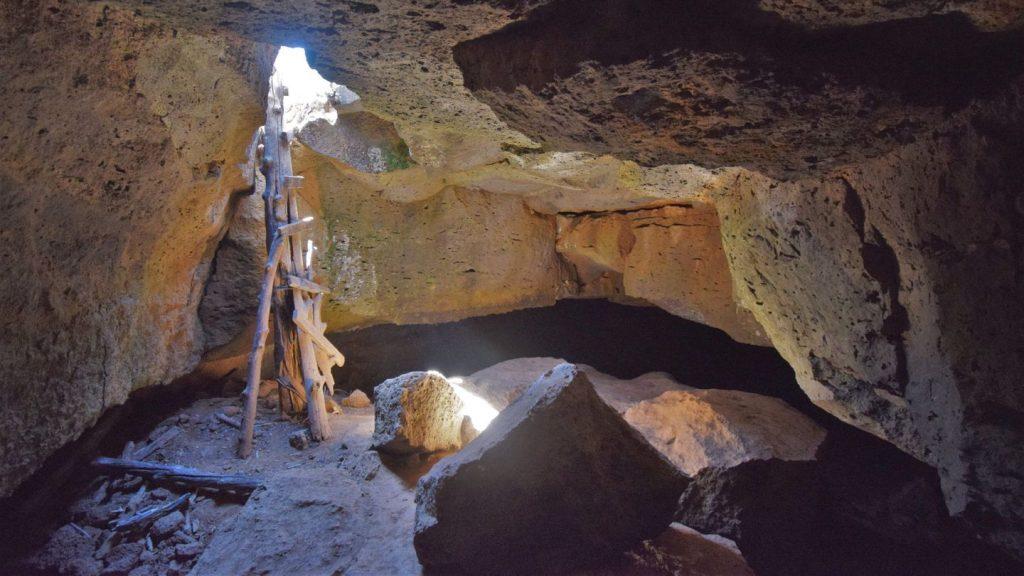 Petualangan Caving di Utah